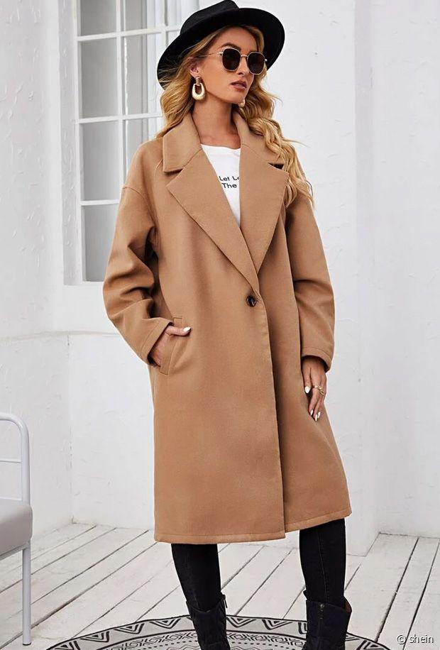 Sélection de manteaux camel pour femmes pour l'automne-hiver 2021-2022