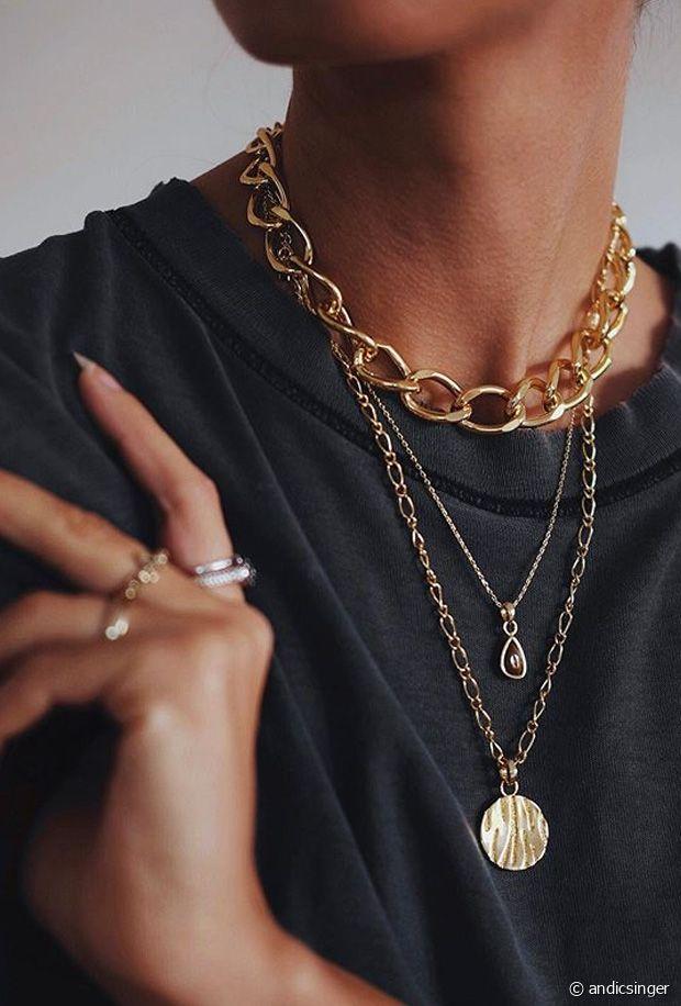 Le stacking : l'art d'accumuler des bijoux avec style.