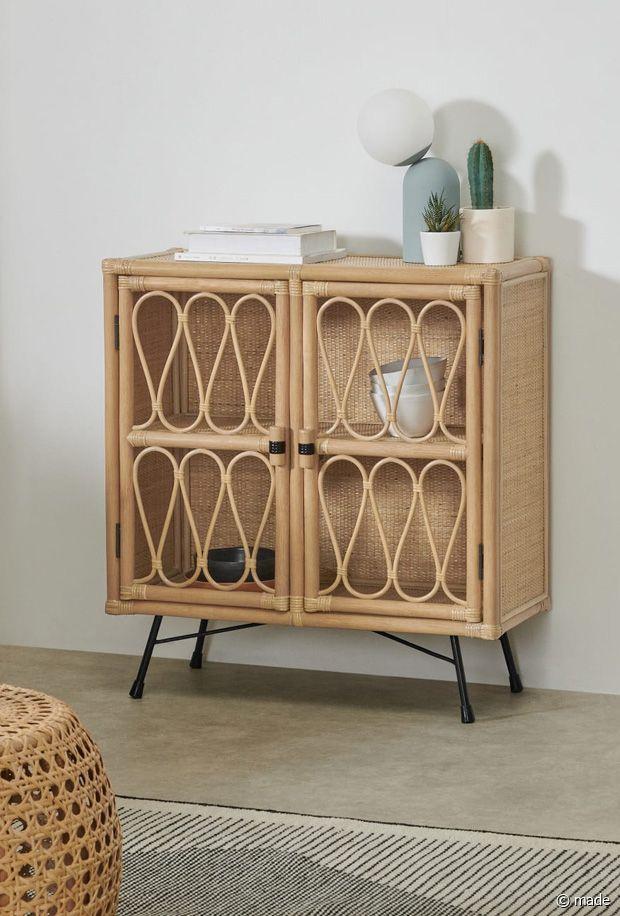 On adore ce petit meuble en rotin naturel