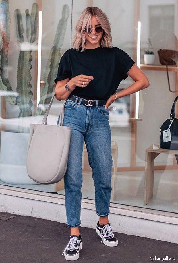 Idées de looks d'été stylés avec un tee-shirt noir