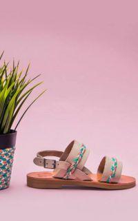 A croquer dans une paire de sandales