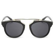 Élégant métal doré splicing cadre noir lunettes de soleil pour les femmes