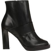 Carven-femme-bottines en cuir noires - talon 10 cm-t.35