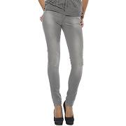 Femme > vêtements > jean femme levi's 05703-0570
