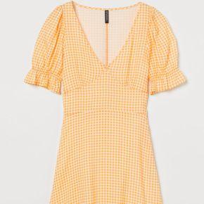H & m - robe à motif - jaune