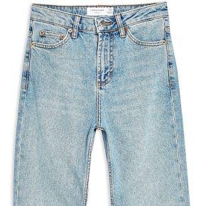 Authentic raw hem straight leg jeans pantalon...