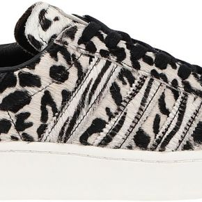 Superstar bold sneakers & tennis basses adidas...