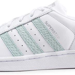 Adidas superstar blanche et verte femme baskets
