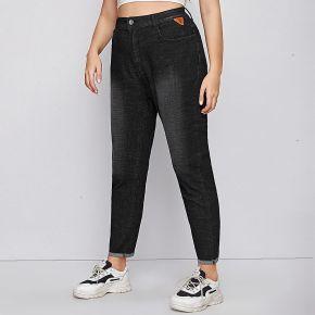 Jeans grandes tailles Écussons