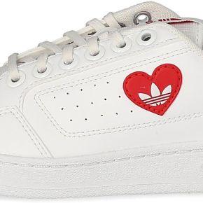 Baskets adidas adidas ny 90 saint valentin...