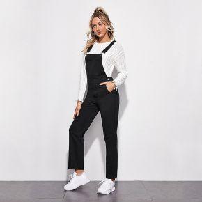 Salopette en jean délavé avec poche