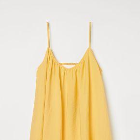H & m - robe en lyocell mélangé - jaune
