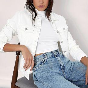Veste en jean avec boutons