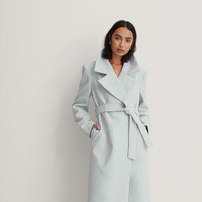 Trine kjaer x na-kd manteau ceinturé - blue