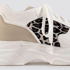 Na-kd shoes leopard chunky trainers - white