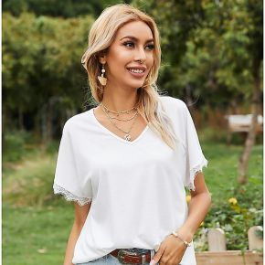 T-shirt avec dentelle et col en v